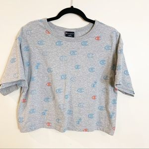 Champion Cropped Graphic Tee Size Large